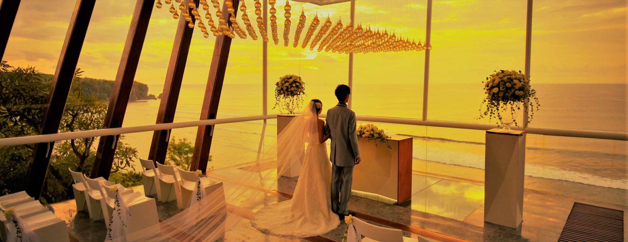 バリ島チャペル・サンセット・ウェディング アナンタラ・ウルワツ チャペル挙式 Dewa Dewi Chapel at Anantara Uluwatu Sunset Wedding
