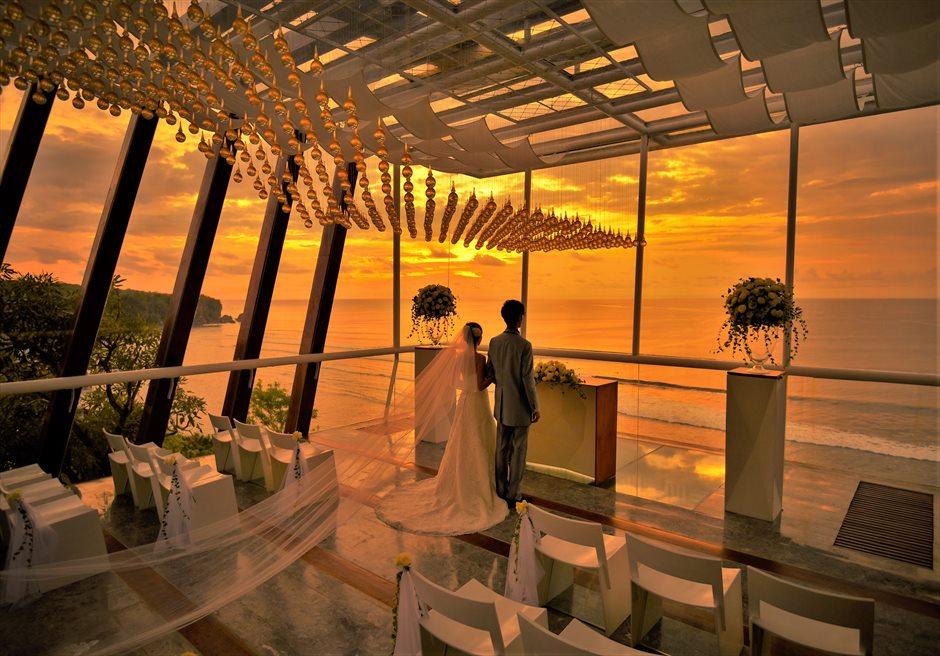バリ島チャペル・サンセット・ウェディング/ Dewa Dewi Chapel at Anantara Uluwatu Sunset Wedding/ アナンタラ・ウルワツ/チャペル挙式