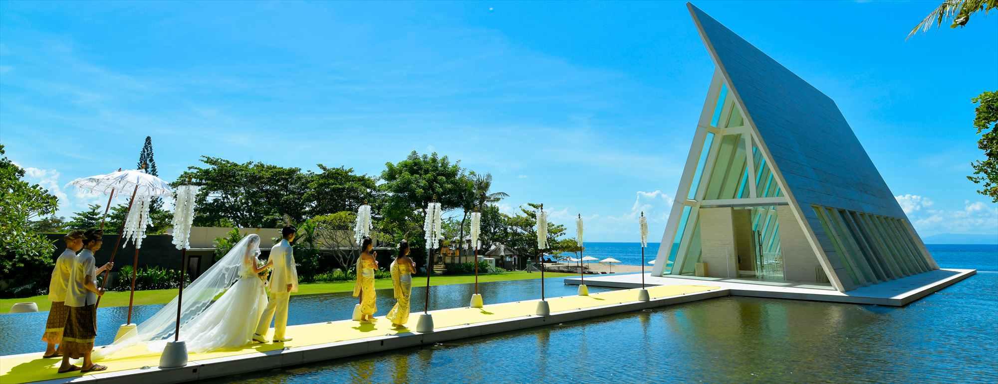 バリ島チャペル・ウェディング Infinity Chapel Wedding Conrad Bali コンラッド・バリ インフィニィティ・チャペル挙式