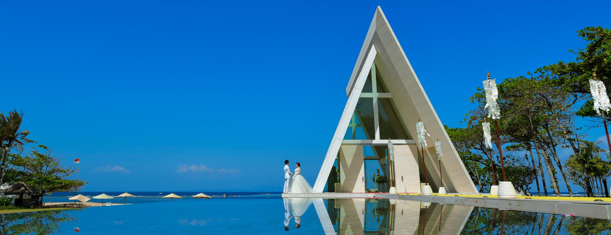 バリ島チャペル・ウェディング コンラッド・バリ インフィニティ・チャペル挙式 Conrad Bali Infinity Chapel Wedding