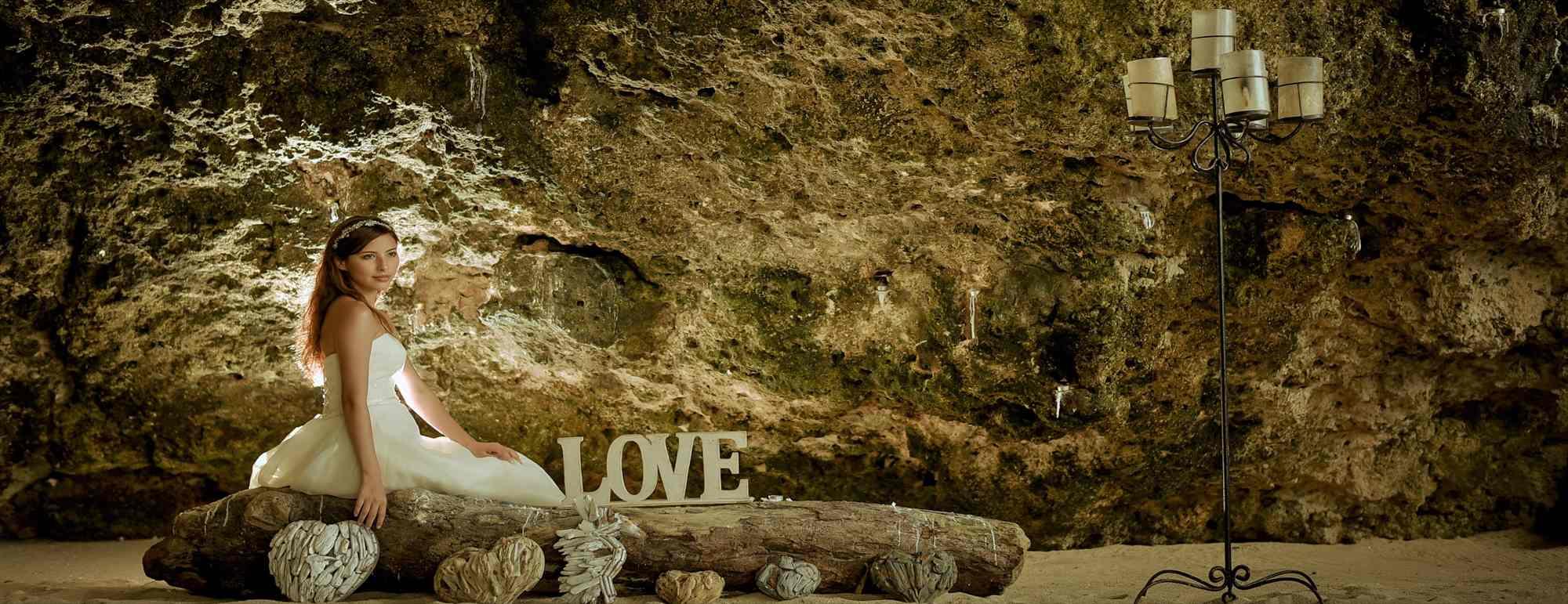 バリ島ビーチ・ウェディング サマベ・バリ ビーチ挙式 Samabe Bali Beach Wedding
