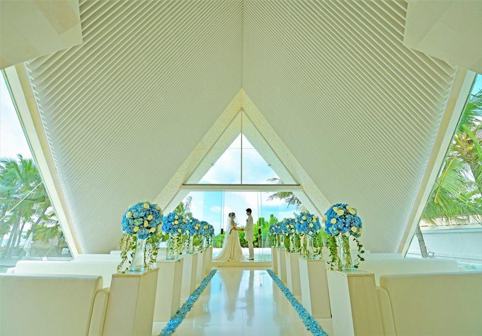 バリ島チャペル・ウェディング/ Ulu Shanti Chapel Wedding/ ウル・シャンティ・チャペル挙式