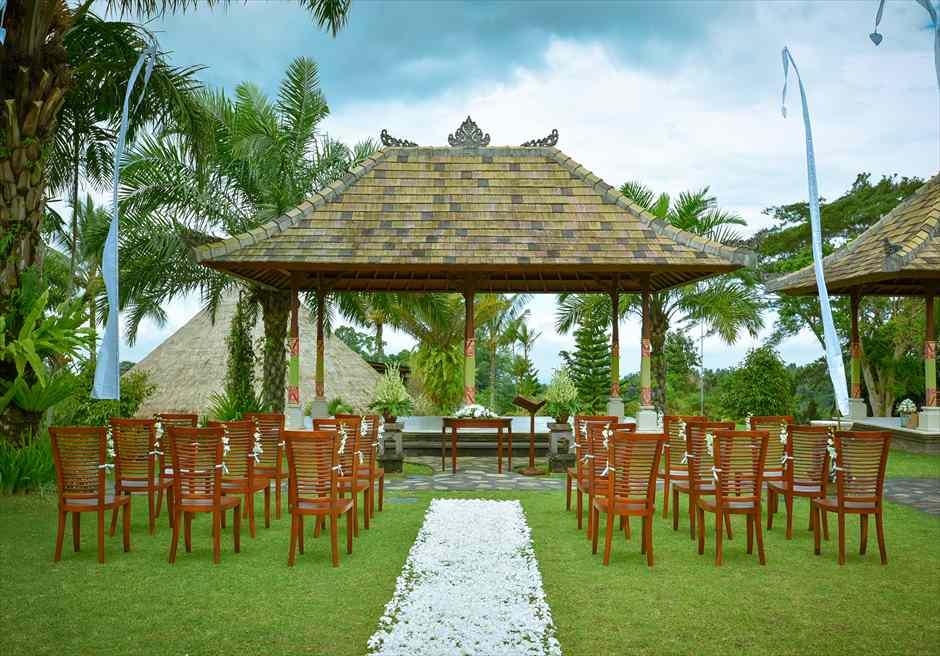バグース・ジャティ・ヘルス&ウェルビーング・リゾート リゾート内のヒンドゥ教寺院