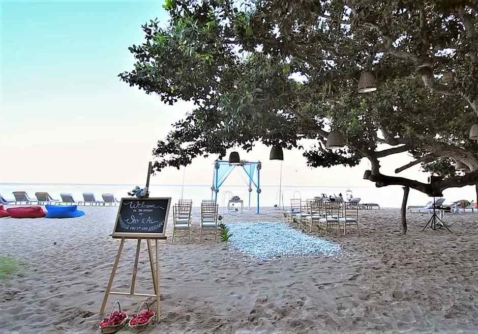 サマベ・バリ挙式 ビーチ・ウェディング ブルー挙式会場装飾