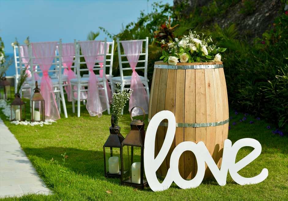 サマベ・バリ結婚式 オーシャンフロント・ヴィラ・ウェディング 挙式会場装飾