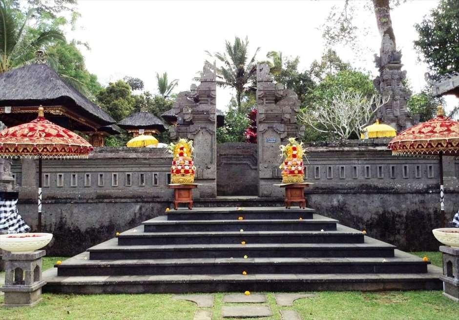 バグース・ジャティ・ヘルス&ウェルビーング・リゾート<br /> リゾート内のヒンドゥ教寺院