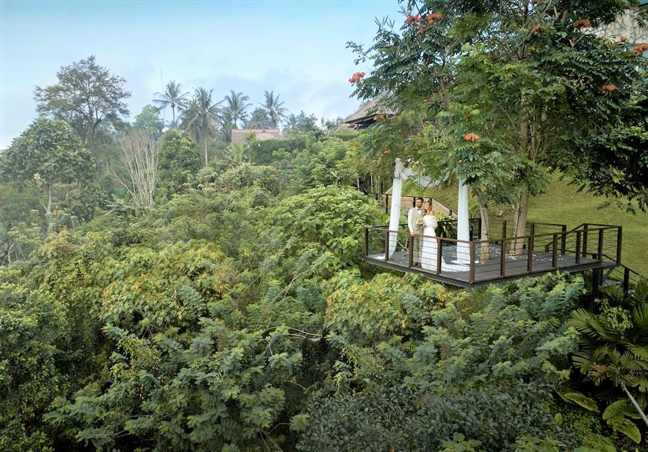 カマンダル・ウブド フォレスト・ウェディング 基本プラン ウブドのジャングルを270°一望する絶景