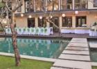 カユマニス・ヌサドゥア 3ベッドルームヴィラ プールサイド・デッキ パーティー会場装飾