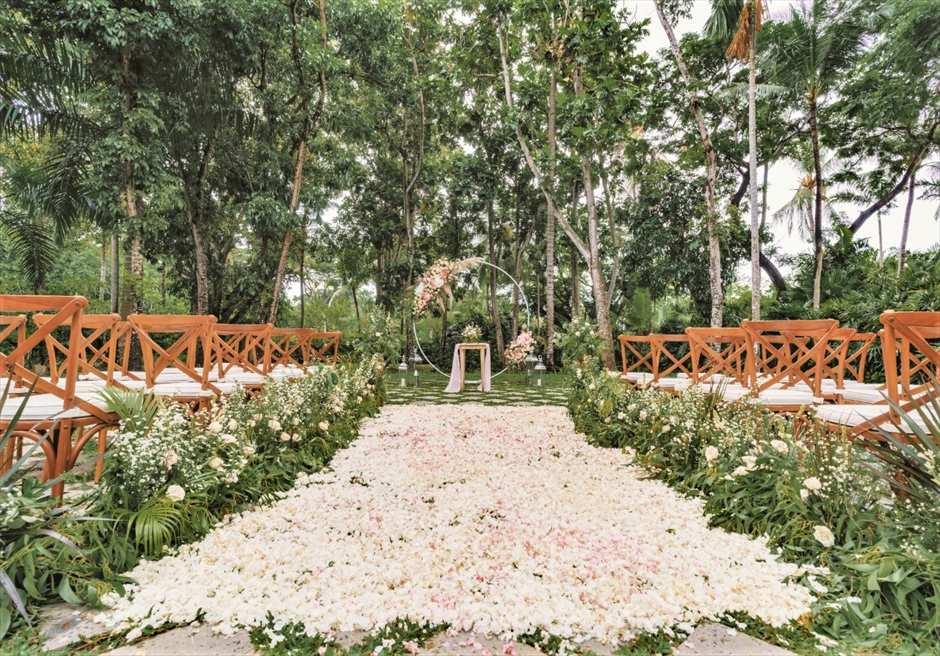 カユマニス・ヌサドゥア挙式 グリーン・パティオ・ガーデン・ウェディング