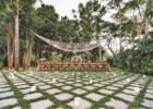 カユマニス・ヌサドゥア グリーン・パティオ・ガーデン サークルアーチ・パーティー会場装飾 パウダーピンク 全景