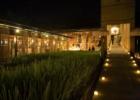 カユマニス・ヌサドゥア ピアサン・レストラン&グラス・チャペル 全景&トンネルの回廊