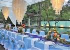 カユマニス・ヌサドゥア プールサイド テント・テーブル装飾 ブルー