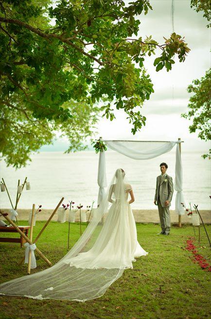 アマンワナ アイランド・ガーデンウェディング 挙式入場シーン