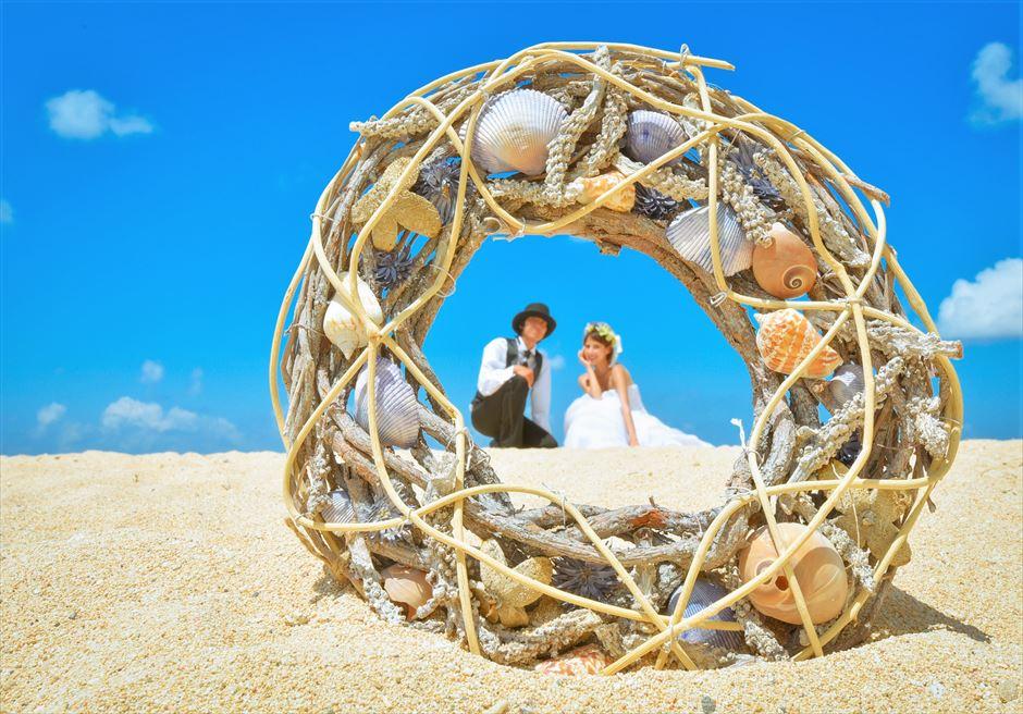 ザ・ムリア・バリ ラグジュアリー・ビーチ・ウェディング 挙式後撮影 きめ細かい美しい白砂ビーチ