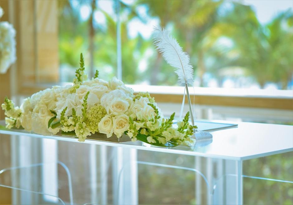 ザ・ムリア・バリ挙式 ハーモニー・チャペル・ウェディング グリーン&ホワイト 祭壇装飾