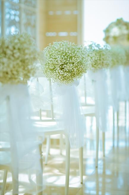 ザ・ムリア・バリ ハーモニー・チャペル ナチュラル・ウェディング セレモニーチェア アイルサイド生花装飾