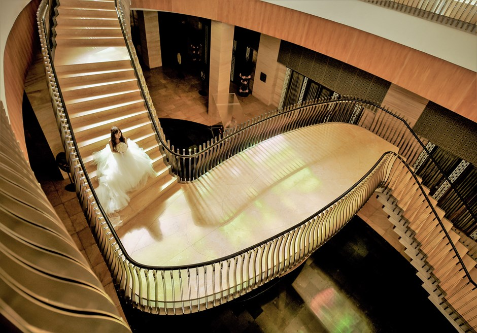 ムリア・リゾート挙式 ホテル内回廊にてフォト・ウェディング