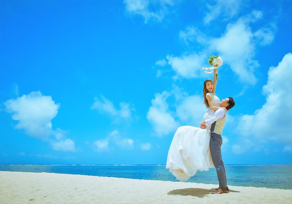 ザ・ムリア・バリ真っ青な海が広がる白砂ビーチ
