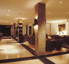 12-The Lobby Lounge