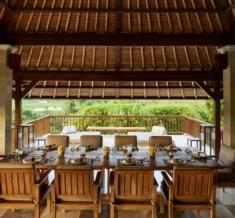2._Dining_Terrace