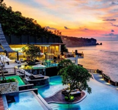 Anantara_Uluwatu_Bali_Resort_Sunset_1920X1037