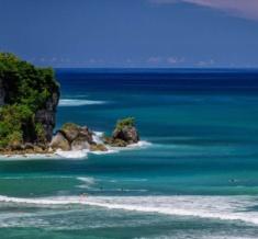 Anantara_Uluwatu_Bali_Resort_Surfing_1920X1037