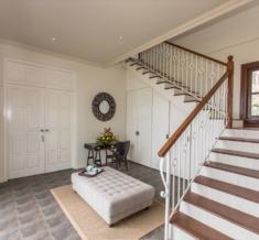 El Grande Stairs And Hallways-1036