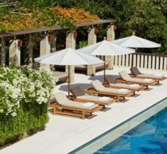 Amanusa-Six-Bedroom-Villa-Daybeds-1400X600