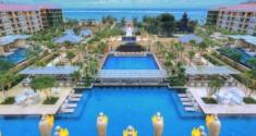 Mrb-Courtyard-Pool