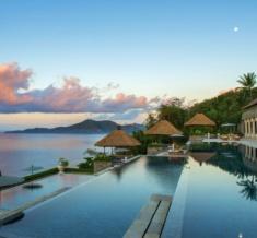 Three-Tiered-Pool-Amankila-Bali-1200X800