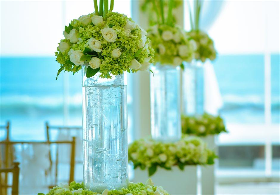 チャペル・オブ・ザ・スミニャック ホワイト基本生花装飾