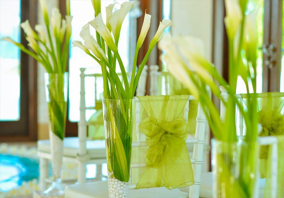 セント・レジス・バリ クラウド・ナイン・チャペル 生花装飾