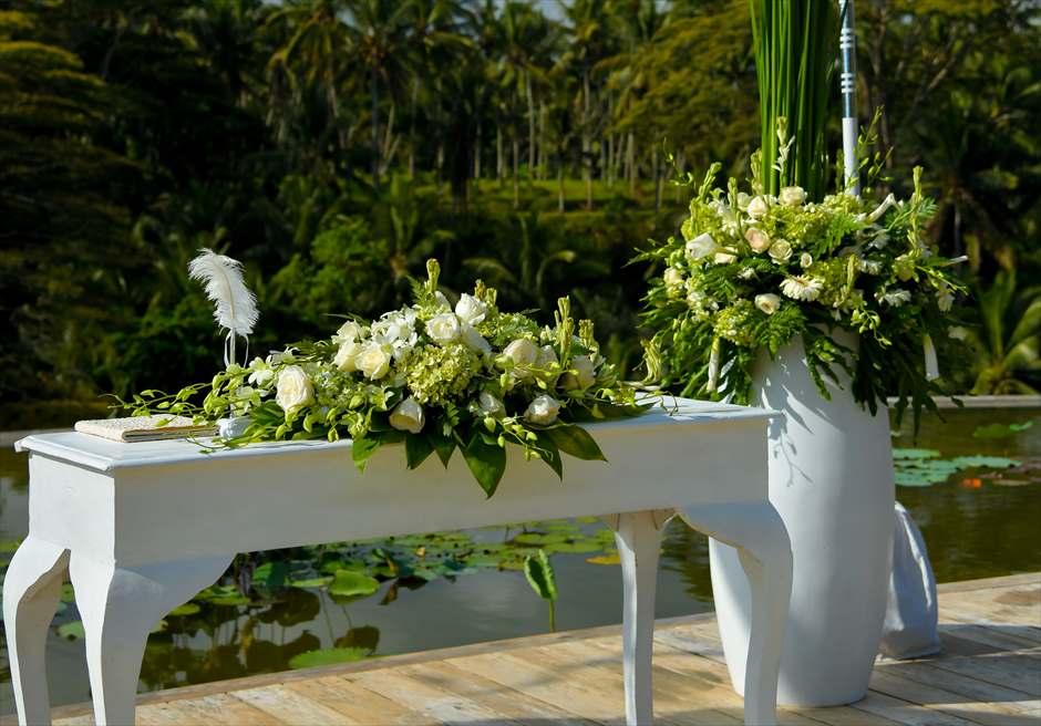 フォーシーズンズ・サヤン 祭壇 結婚式・挙式・ウェディング
