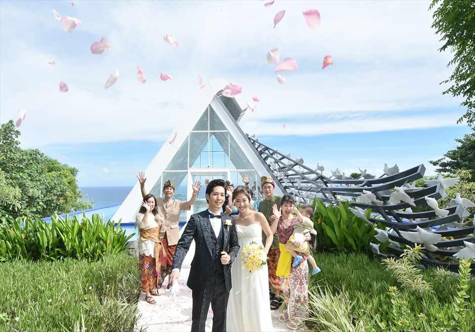バンヤン・ツリー・ホワイト・ダブ・チャペル結婚式