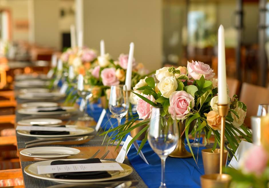アナンタラ・ウルワツ 360°レストラン・テラス テーブル装飾一例