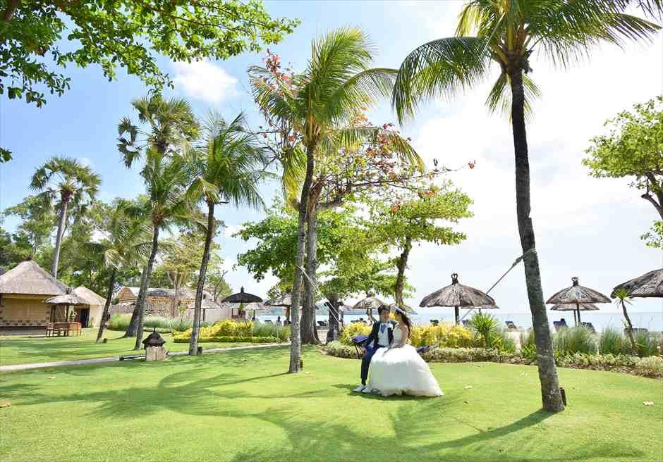 ベルモンド・ジンバラン・ウェデイング<br>ガーデン挙式&ガーデンパーティー|9月 挙式  T.K.様&T.Y.様