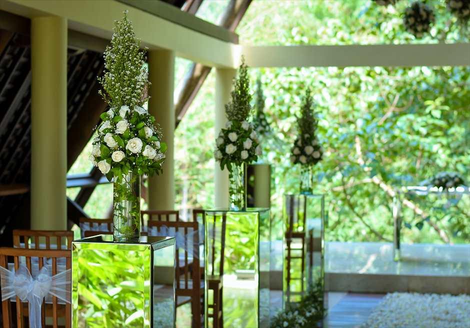 ワナスマラ・チャペル アイルサイド生花装飾
