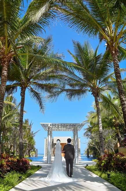 ザ・ムリア・バリ ハーモニー・チャペル挙式<br>ベルモンド・ジンバラン ビーチ・サンセットパーティー