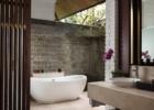 タナ・ガジャ・リゾート by ハディプラナ(旧 チェディ・クラブ) 1ベッドルームクラブスイート バスルーム