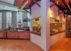クラトン・ジンバラン・ビーチ・リゾート ジョグロ・レストラン ビュッフェコーナー
