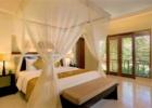 ザ・クンジャ 3ベッドルームヴィラ ベッドルーム