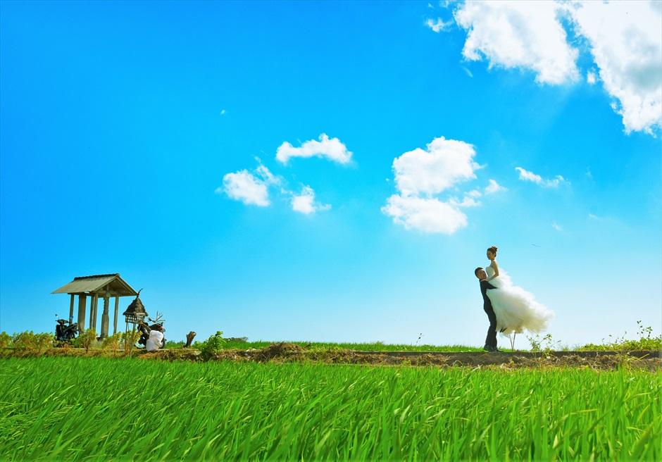 バリ島ウェディング・フォト【ライステラス】/ チャングー近郊 田園