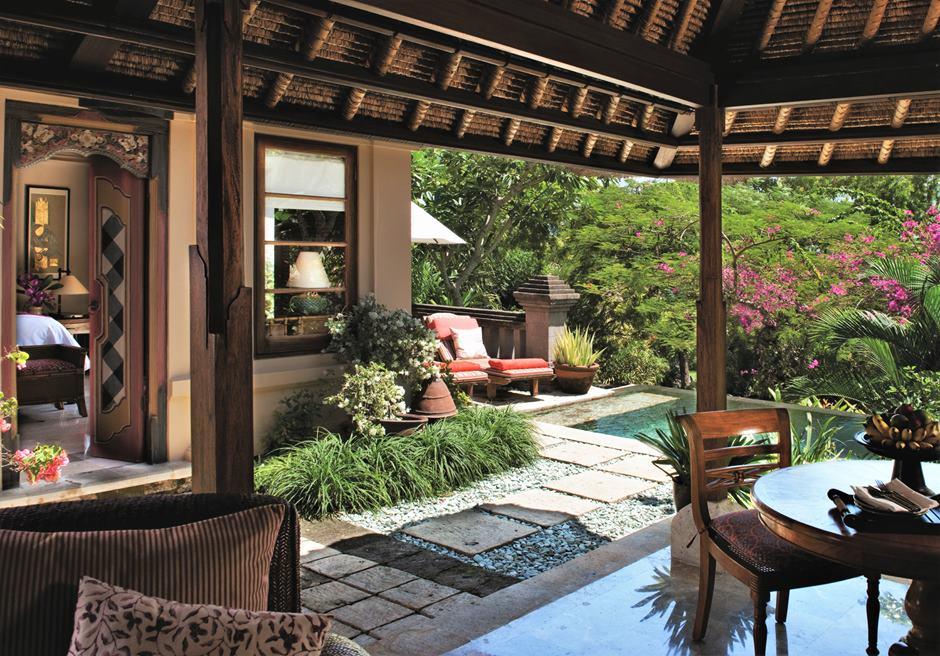 バリ島ウェディング フォーシーズンズ・ジンバラン 挙式会場ホテル
