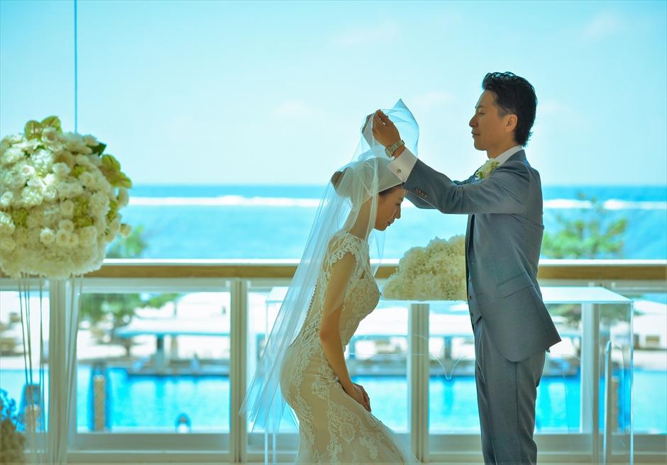 ムリア・バリ・ウェディング 挙式会場 目の前に広大で真っ青な美しい海が広がる