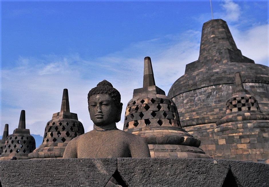 バリ島挙式 バリ観光 ジョグジャカルタ ボロブドゥール遺跡
