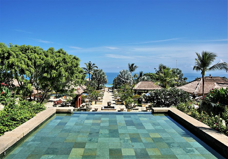 バリ島結婚式 アヤナ・リゾート&スパ・バリ チャペルウェディング
