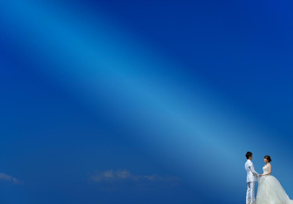 バリ島ウェディング・フォト/ コンラッド・バリ/ インフィニティ・チャペル前ビーチ