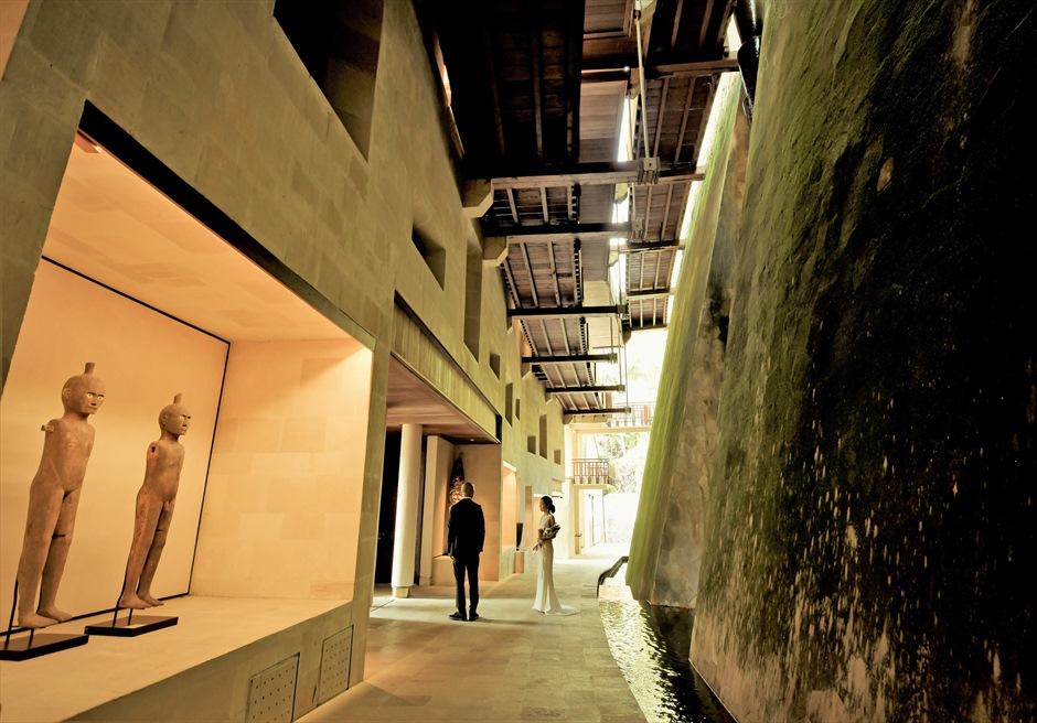 バリ島ウェディング・フォト【ウブド】/ フォーシーズンズ・リゾート・サヤン/ ホテル棟 シックな内外装