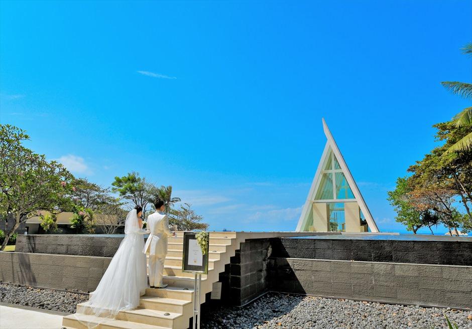 バリ島ウェディング・フォト/ コンラッド・バリ/ インフィニティ・チャペル 階段