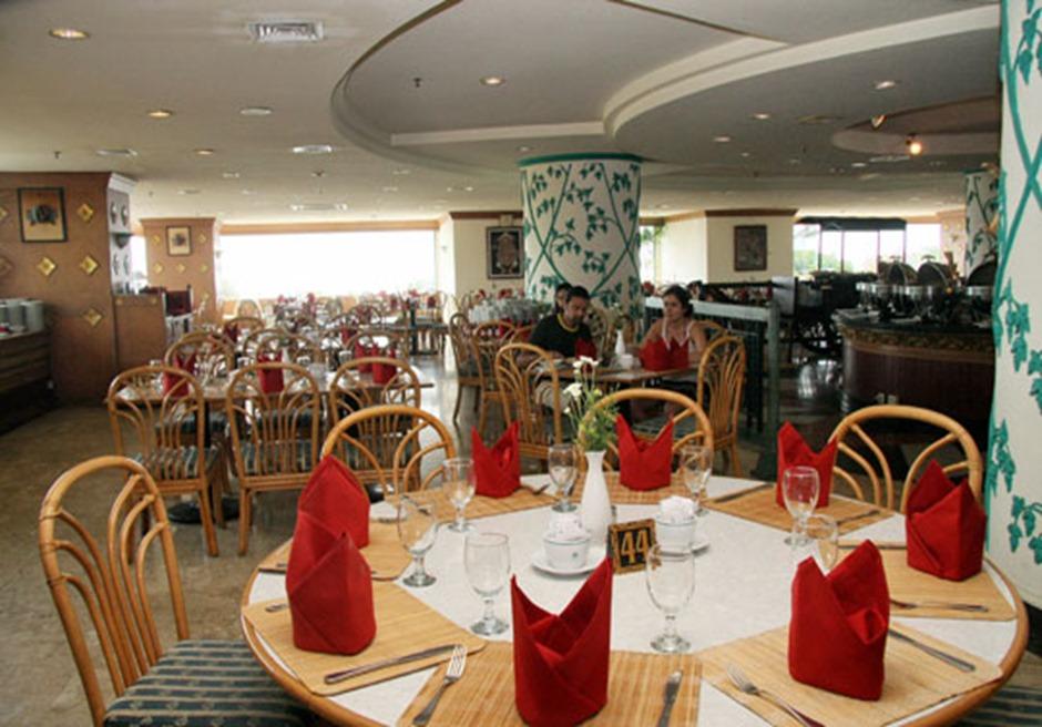 バリ島結婚式 グランドインナバリビーチホテル レストラン